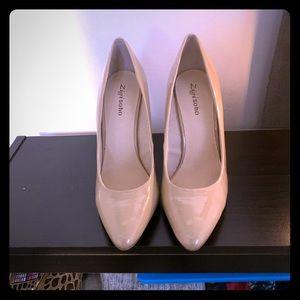 ZigiSohi New tan platform wedge heels sz 10